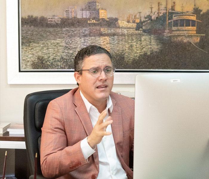 Buscan desarrollar los puertos del país