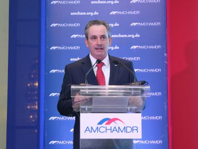 William M. Malamud, vicepresidente ejecutivo de AMCHAMDR